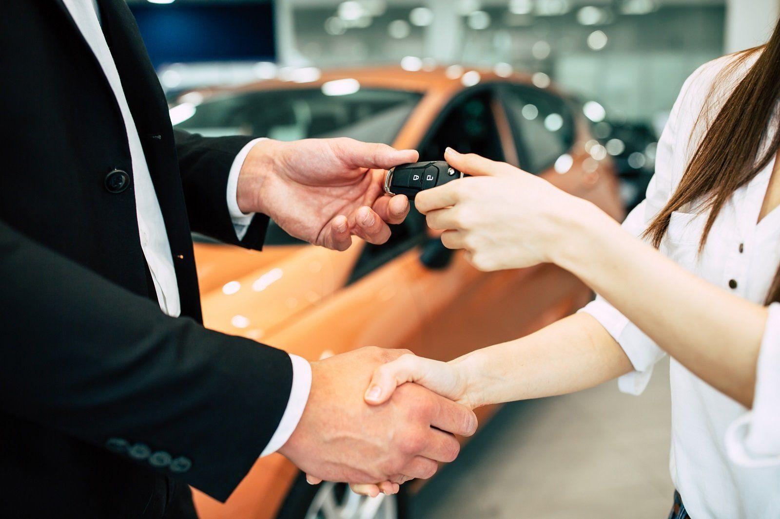 Top Economic Cars to Rent in Dubai - thrillkiller